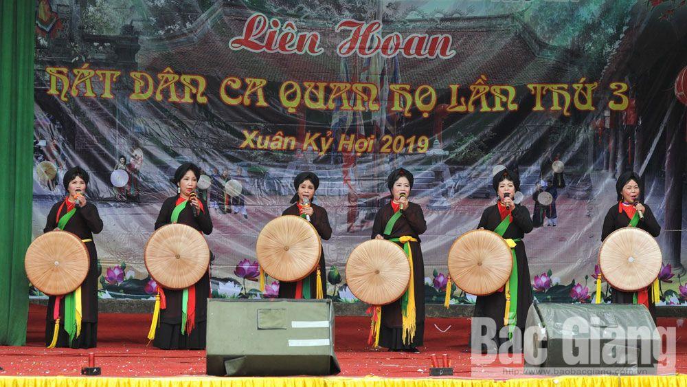 Lễ hội Thổ Hà, quan họ Thổ Hà, làng cổ Thổ Hà, huyện Việt Yên
