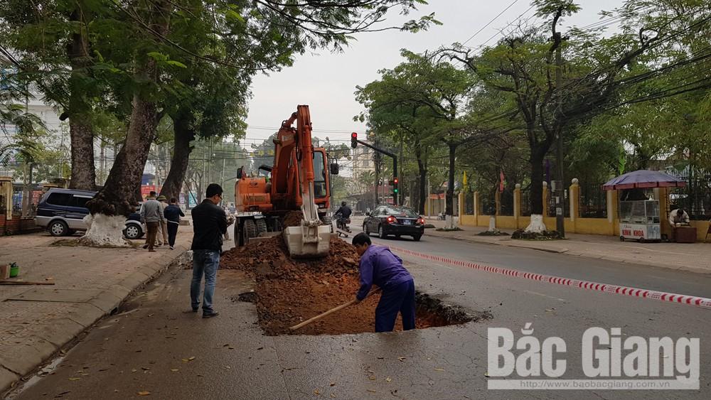 Thành phố Bắc Giang khắc phục các đoạn đường bị hư hại do vận chuyển vật liệu xây dựng