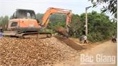 Sơn Động phấn đấu cứng hóa 30 km đường giao thông nông thôn