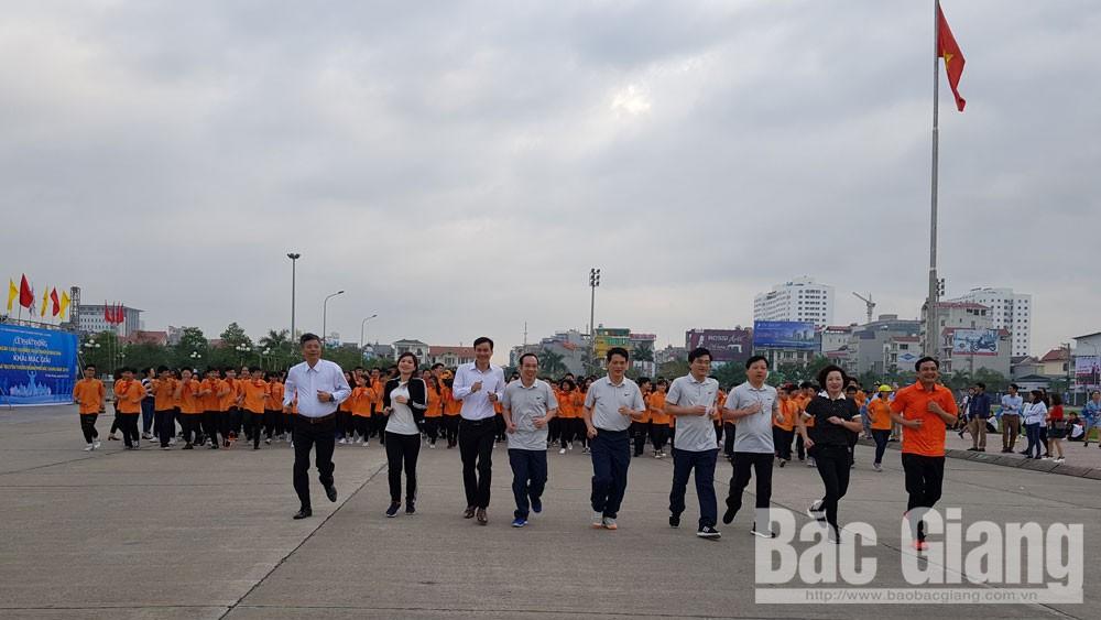 TP Bắc Giang: Hơn 1 nghìn người tham gia Ngày chạy Olympic vì sức khỏe toàn dân