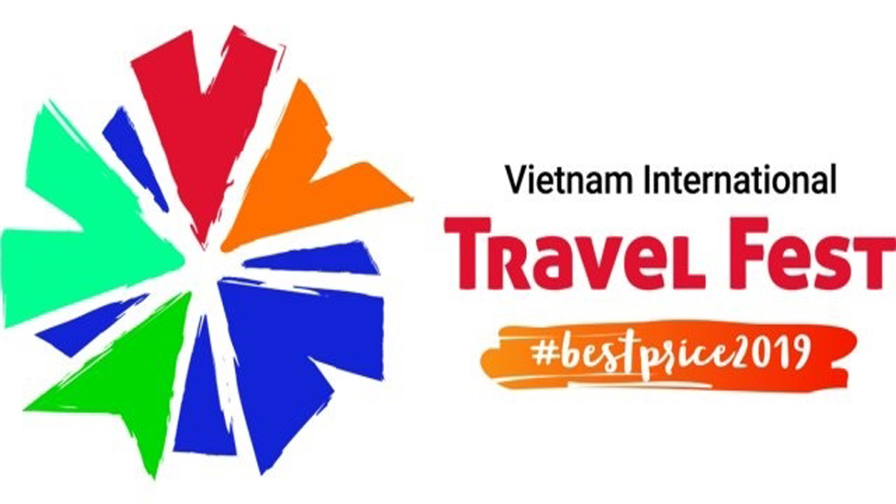 Vietnam Travel Fest, abundant promotions, holiday makers, travel enthusiasts, AEON Mall Long Bien, diverse tourism products, domestic and international routes