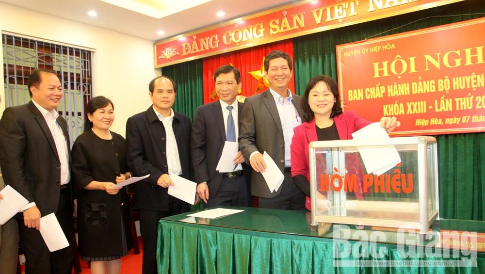 Hiệp Hòa, HĐND, bầu chức danh chủ tịch, UBND, Chủ tịch UBND huyện Hiệp Hòa, Ngô Tiến Dũng
