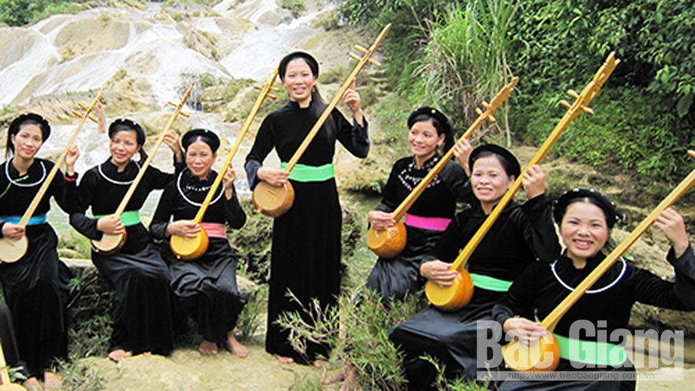 Lục Ngạn, Bắc Giang, dân ca, câu sli, câu lượn, câu soong hao, áo chàm