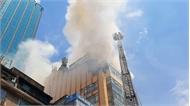 Cháy lớn tại tòa nhà cao tầng ở trung tâm TP Hồ Chí Minh