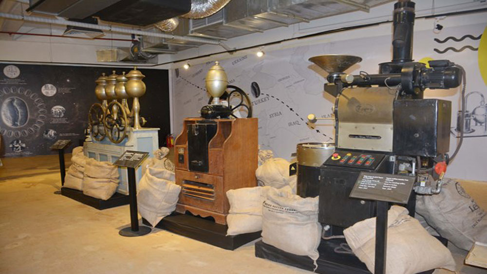 Exhibition tells history of world's coffee industry