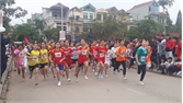 Hơn 300 vận động viên tham gia giải việt dã huyện Lục Nam