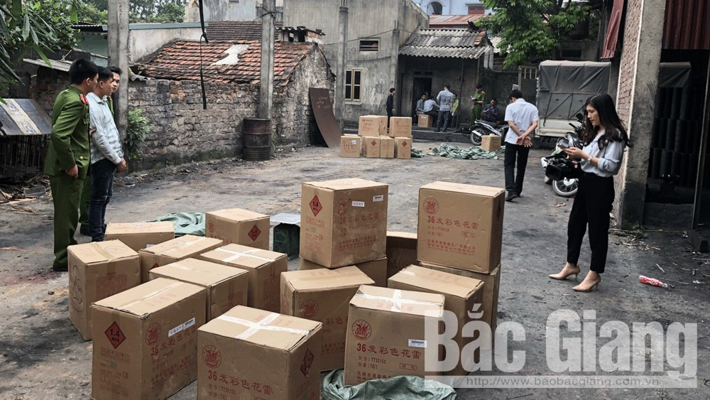 Công an tỉnh Bắc Giang, Công an huyện Lạng Giang, Vận chuyển 1 tấn pháo nổ, Pháo nổ