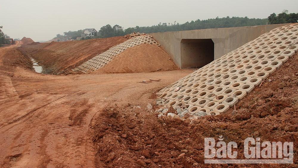 Cao tốc Bắc Giang - LạngSơn, bất cập, hầm chui dân sinh