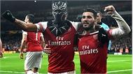 Arsenal ngược dòng vào tứ kết Europa League