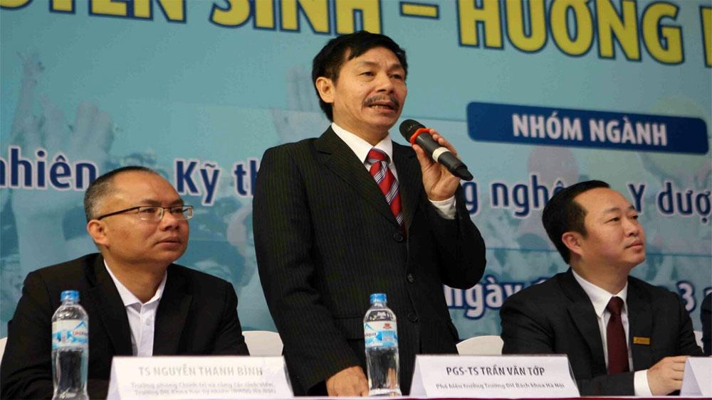 Gần 100 trường đại học, cao đẳng tham gia tư vấn tuyển sinh, hướng nghiệp tại Hà Nội