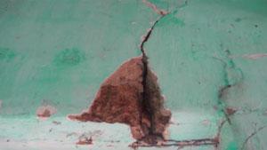 Nhà dân bị nứt vì khai thác quặng, hơn 4 năm chưa được đền bù