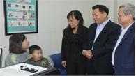 Lãnh đạo tỉnh Bắc Ninh thăm bệnh nhân vụ nhiễm sán lợn