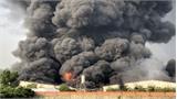 Khói lửa bao trùm công ty sản xuất nến ở Tây Ninh