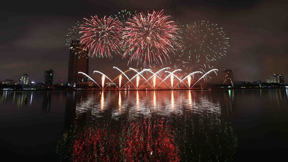 Da Nang, int'l fireworks festival, Stories by the Rivers, opening ceremony, music performances, Vietnamese leading artists, flashmob dance competition