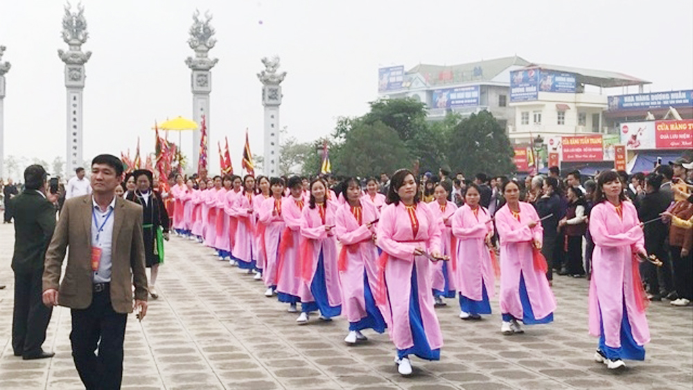 Tay Thien festival, Vinh Phuc province, Tam Dao district, Mother Lang Thi Tieu, nation's history, sporting events, folk games, traditional cultural values