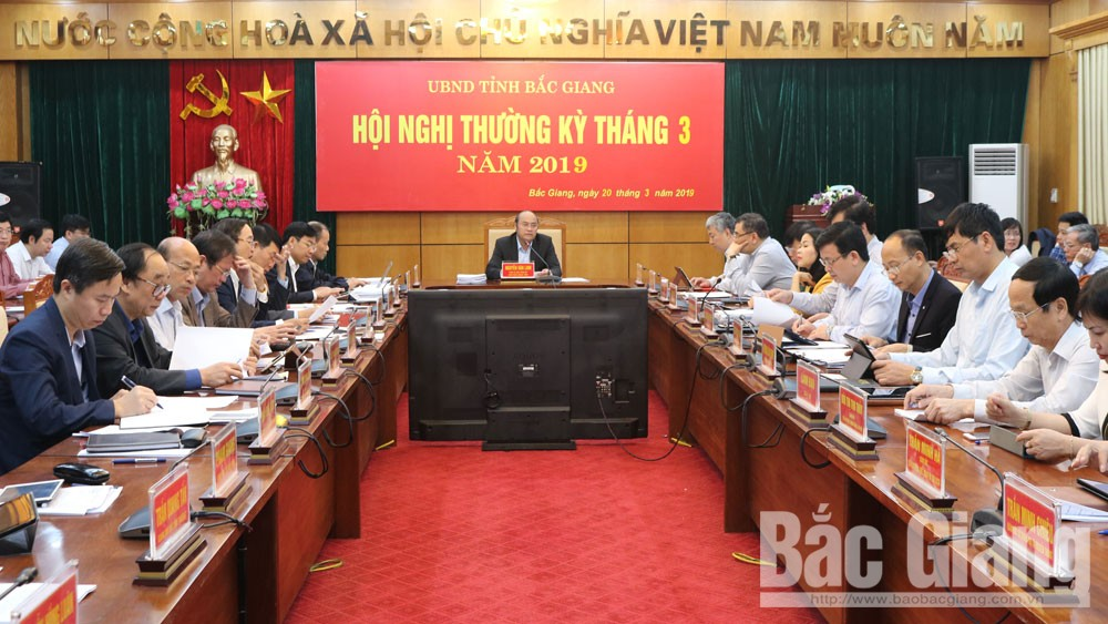 Provincial Chairman Nguyen Van Linh requests to continue investment attraction, maintain economic growth rate