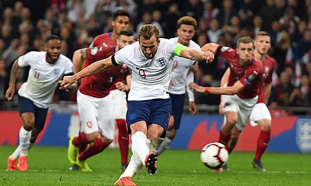 Sterling, hat-trick, Anh, Czech, vòng loại Euro 2020