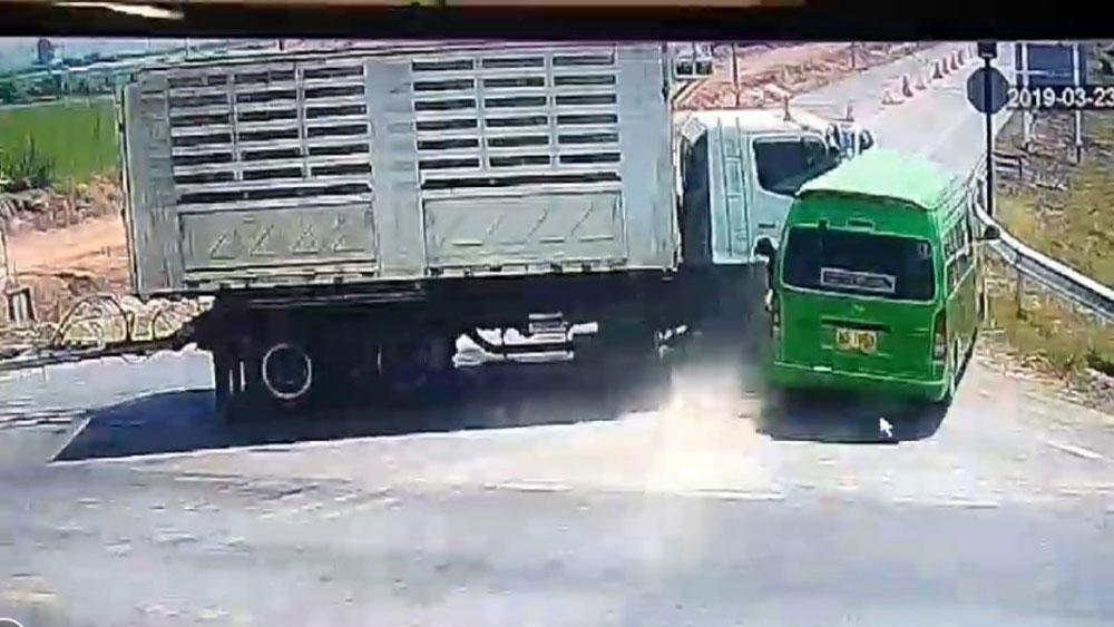 Tai nạn ô tô ở Thái Lan, xác định, danh tính, 5 người Việt thiệt mạng