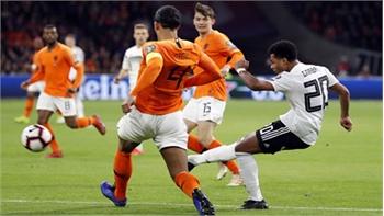 Đức hạ Hà Lan trong cuộc rượt đuổi bàn thắng