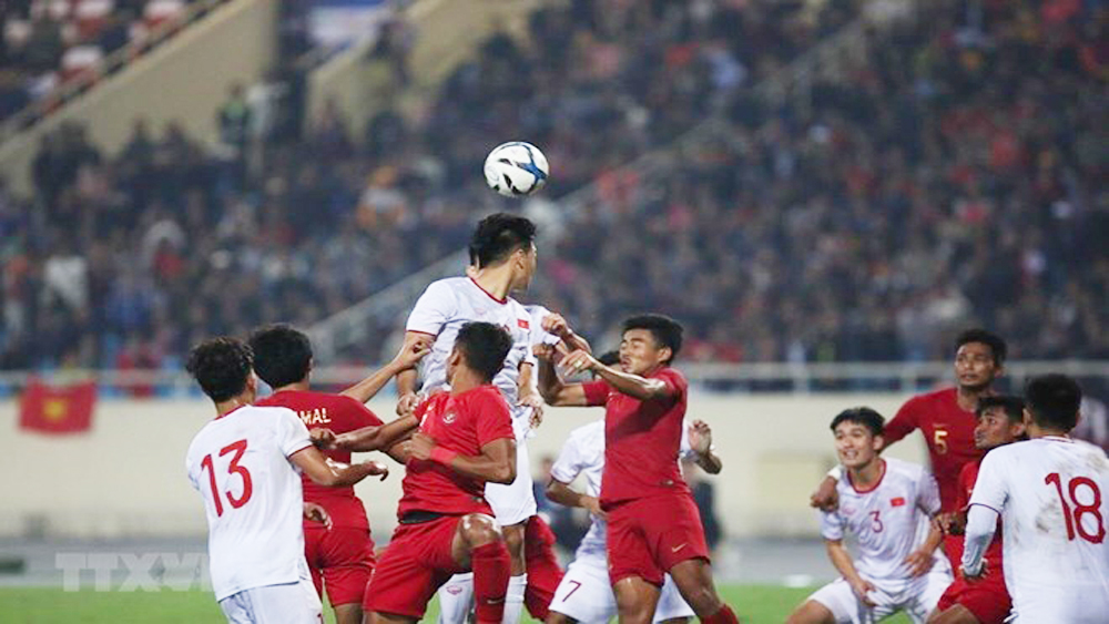 Vietnam, Indonesia, AFC U23 qualifier, Asian Football Confederation,  U23 Championship, qualification round, Talented midfielder Nguyen Quang Hai