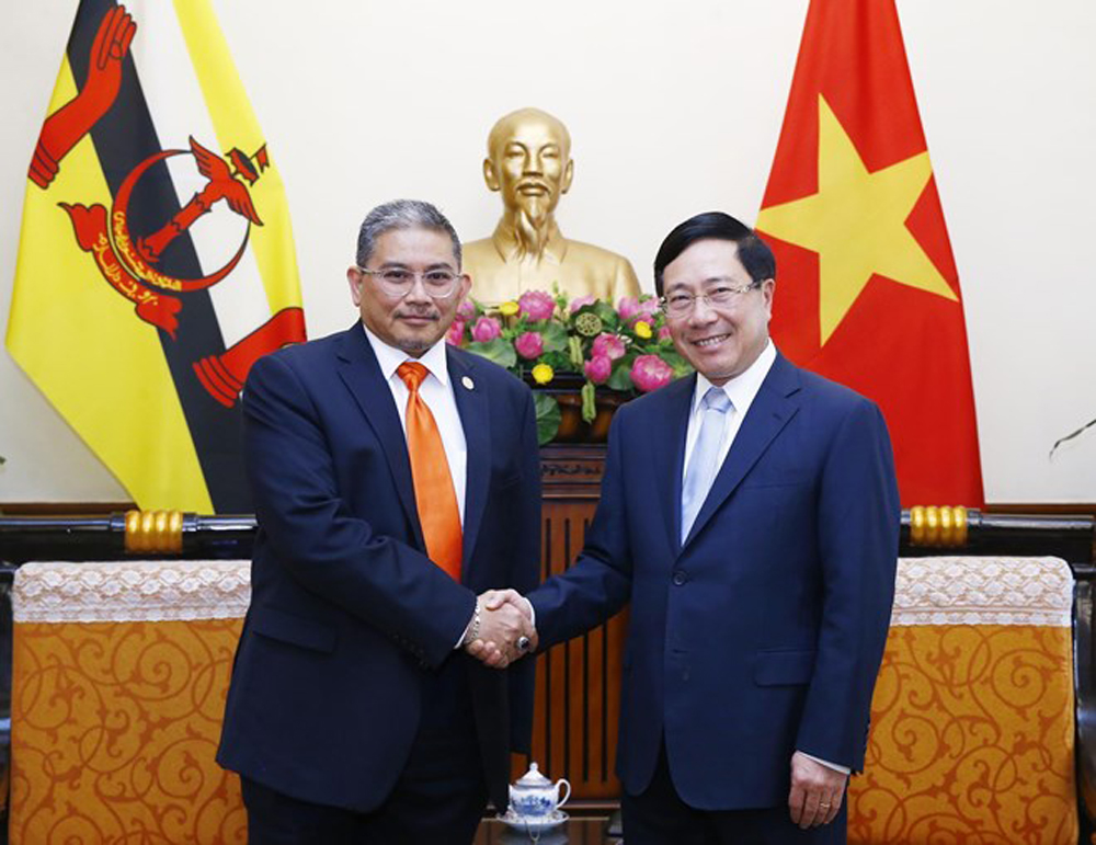 Vietnam, Brunei, increased connectivity, people-to-people exchange,  positive development, multi-dimensional cooperation, trade-investment