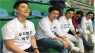 Dàn tài tử Hàn Quốc đến sân tập U23 Việt Nam cổ vũ HLV Park Hang-seo