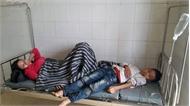 Gần 40 người bị ngộ độc sau khi ăn giỗ tại nhà hàng xóm ở Hà Tĩnh