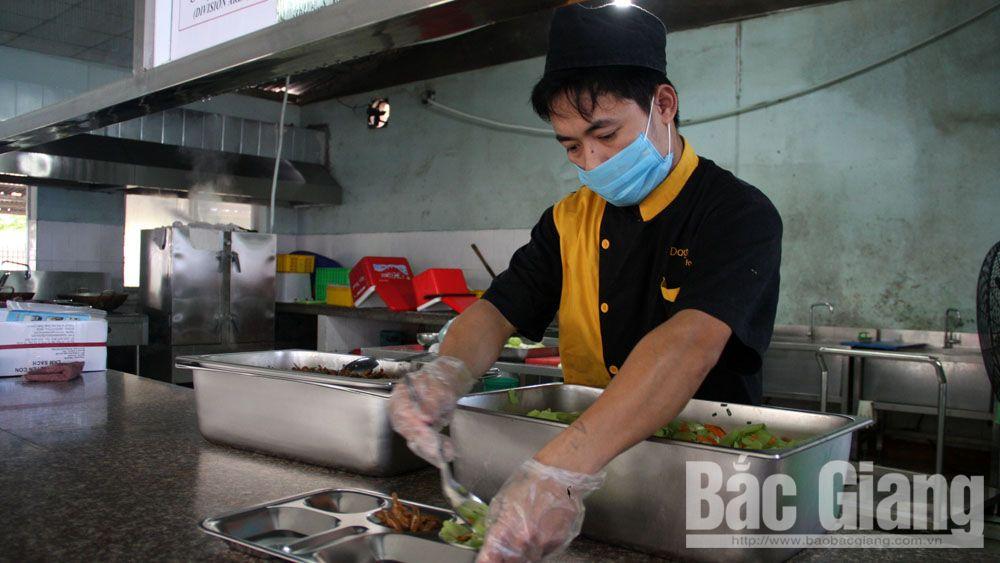 Lựa chọn thực phẩm rõ nguồn gốc: Giải pháp an toàn cho bếp ăn tập thể