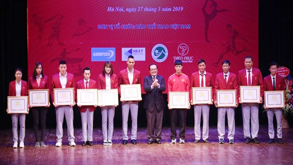 Outstanding athletes, coaches, 73rd anniversary, Vietnamese Sports Day, Vuong Bich Thang, international tournaments