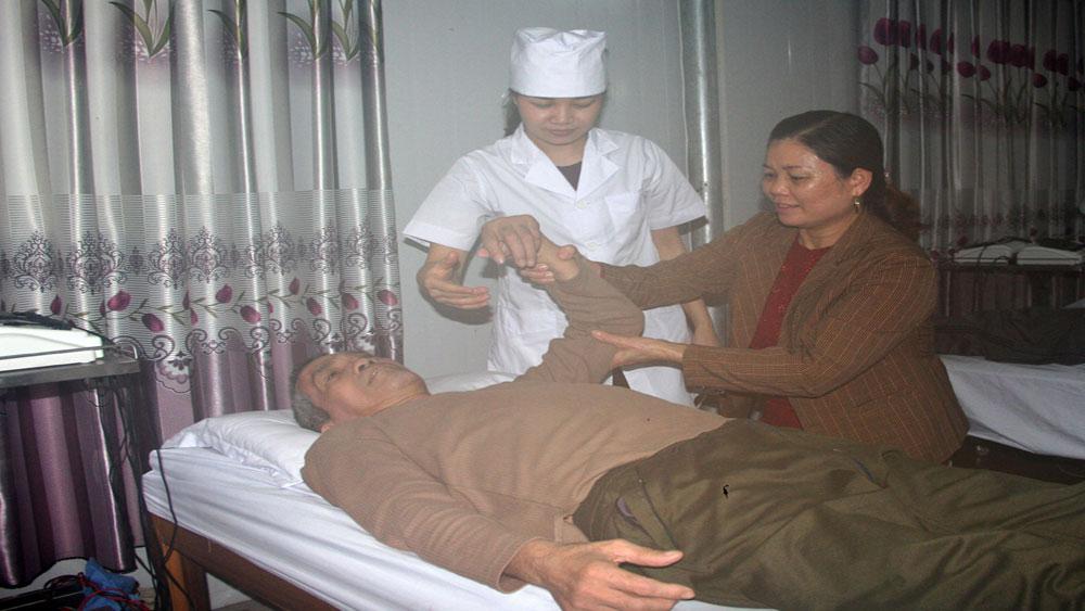 Dịch vụ chăm sóc bệnh nhân: Cung không đủ cầu