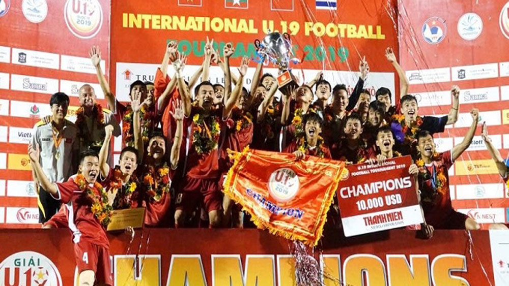Vietnam, Thailand, int'l U19 tournament, Khanh Hoa province, U19 Football Tournament, Forward Xuan Tao, convincing victory