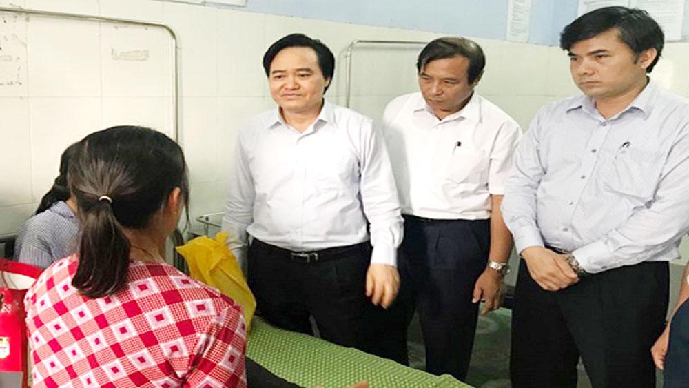 Hưng Yên xem xét cách chức Ban giám hiệu, chi ủy sau vụ nữ sinh bị đánh
