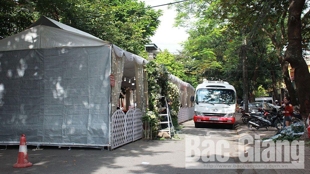TP Bắc Giang: Từ ngày 1-5, hộ dân không được dựng rạp cưới dưới lòng đường