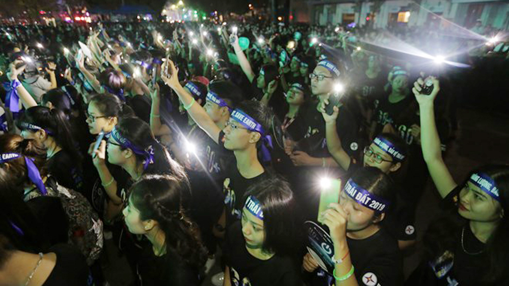 Over 910 million VND saved during Earth Hour in Vietnam