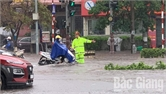 Mưa lớn, nhiều tuyến phố ở TP Bắc Giang ngập úng