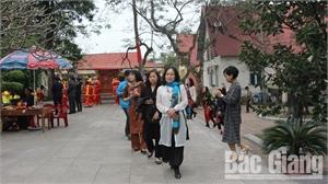 Thu hút hơn 40 nghìn lượt khách thăm quan các điểm du lịch