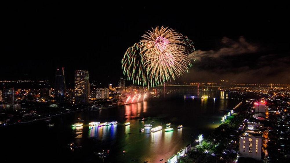 Han River, Da Nang Fireworks Festival, 2019 Da Nang International Fireworks Festival, Stories by the Rivers, beauty and culture, 'must see' destination