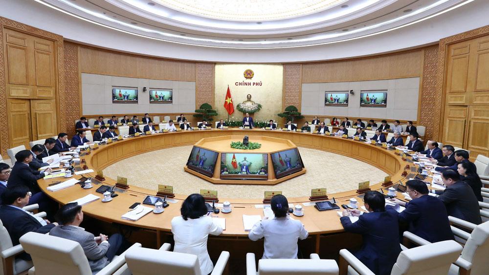 Thủ tướng Nguyễn Xuân Phúc: Tăng cường trách nhiệm quản lý Nhà nước đối với các vấn đề xã hội