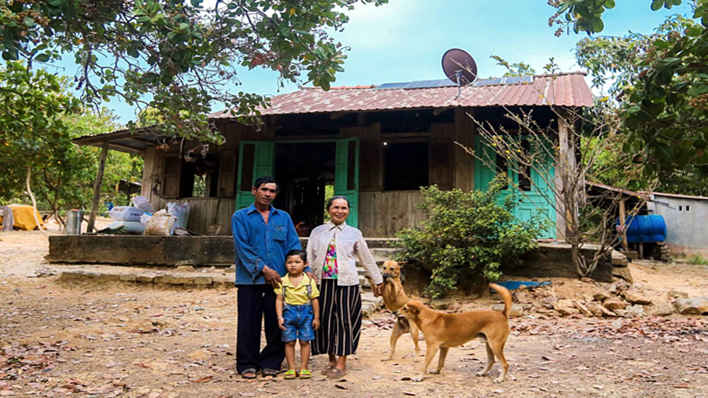 The Crusoe of the matter: family prefers life on isolated island