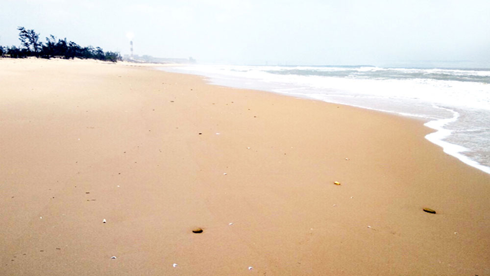 Hai thi thể trôi dạt vào bờ biển Hà Tĩnh, nữ giới, thi thể 2 nữ giới quấn bằng dây thừng,