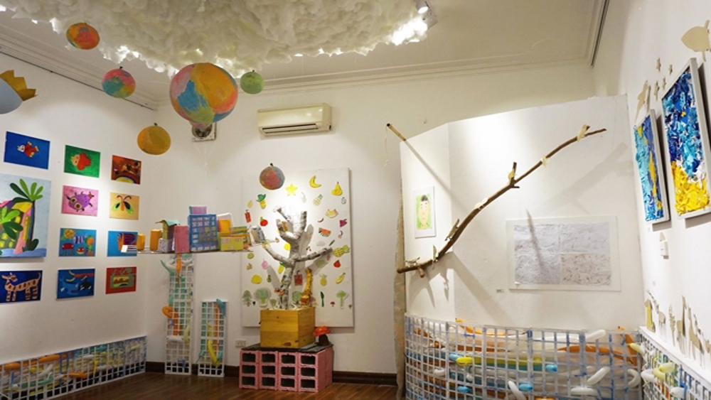 Exhibition raises public awareness of autism