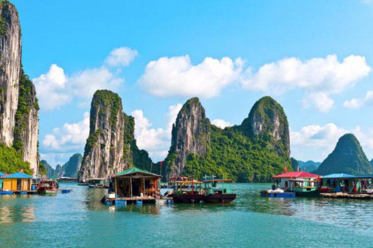Vịnh Hạ Long, Quảng Ninh, biểu tượng du lịch, nổi tiếng nhất thế giới