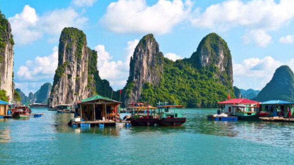 Vịnh Hạ Long-một trong 30 biểu tượng du lịch nổi tiếng thế giới