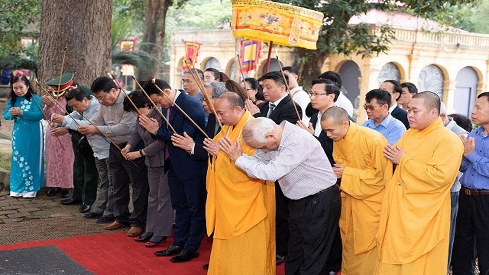 Dâng hương, tưởng niệm 991 năm ngày giỗ vua Lý Thái Tổ,