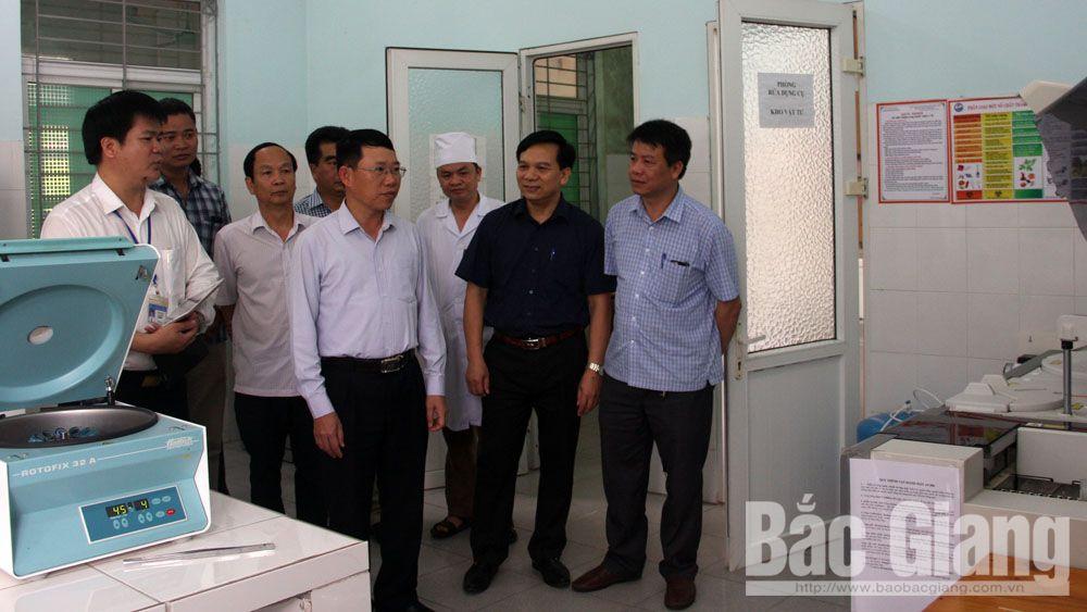 sức khỏe, lãnh đạo tỉnh, trung tâm y tế huyện yên dũng, khám chữa bệnh