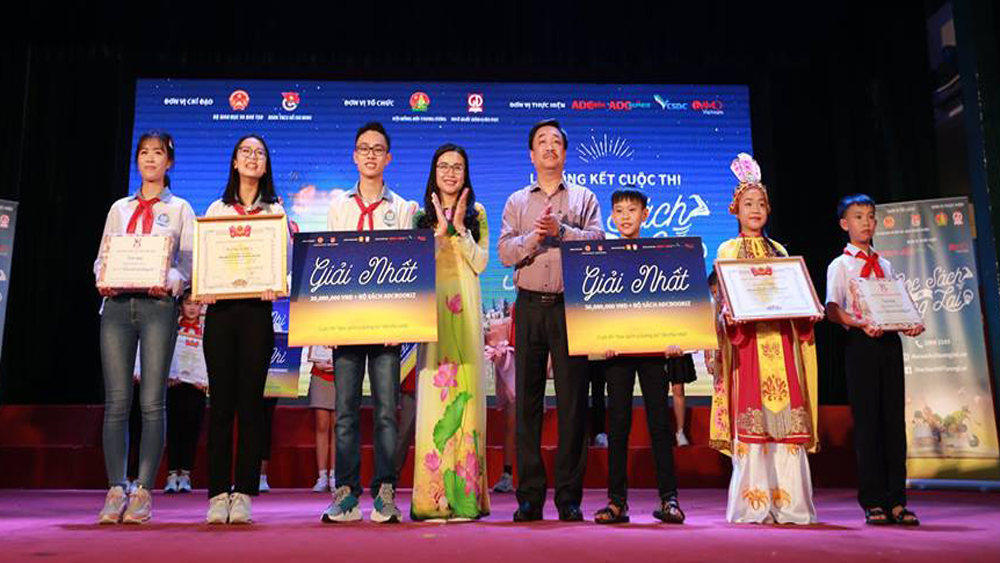 "Bac Giang's student wins first prize at ""Reading for the future"" contest"