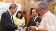 Phó Chủ tịch Thường trực UBND tỉnh Lại Thanh Sơn làm việc với nhà đầu tư Hàn Quốc
