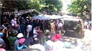 Ôtô lao vào đội đưa tang ở Bình Định, 3 người chết