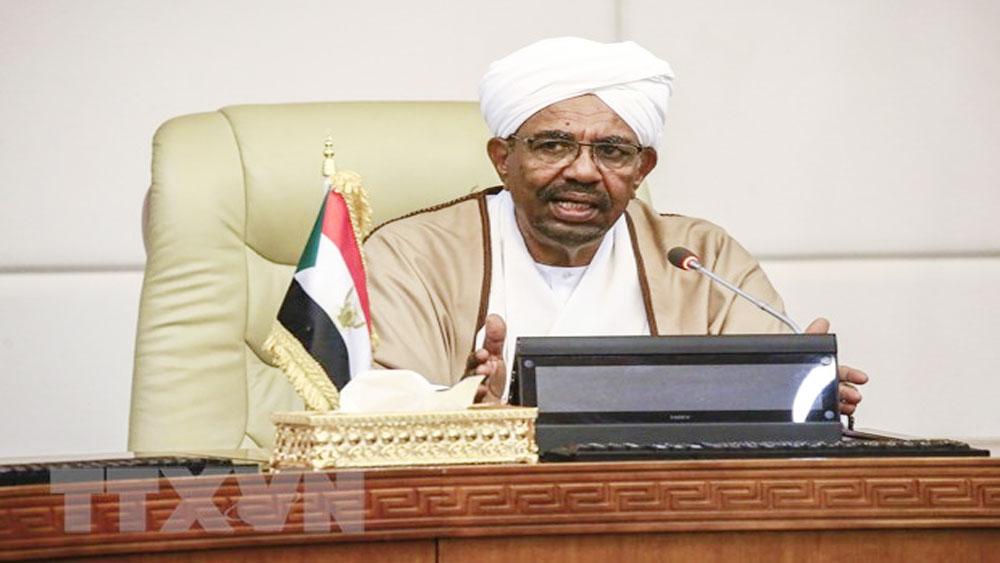 Chính phủ Sudan xác nhận Tổng thống Omar Al-Bashir đã từ chức