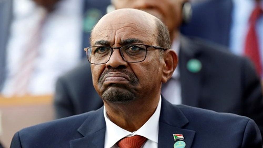 Quân đội Sudan, đảo chính, bắt giam Tổng thống, Sudan Awad Ibnouf